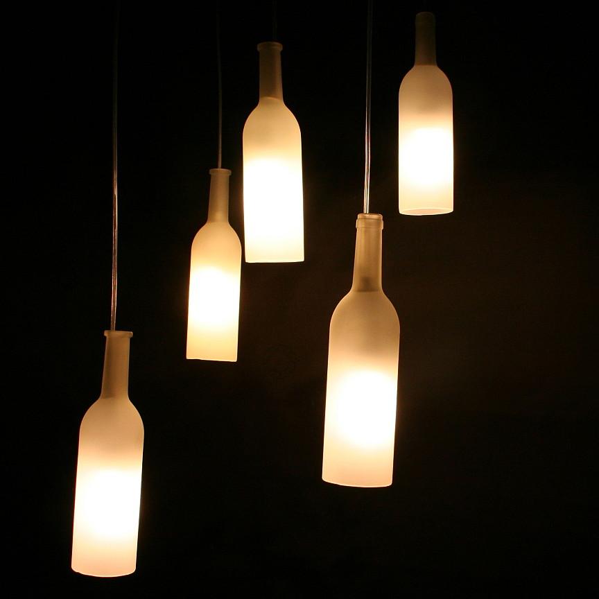 L 39 autre vie des bouteilles les luminaires en verre - Suspension bouteille verre ...